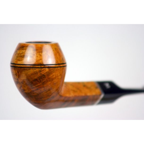 Amber nr. 32 Stanwell Pibe