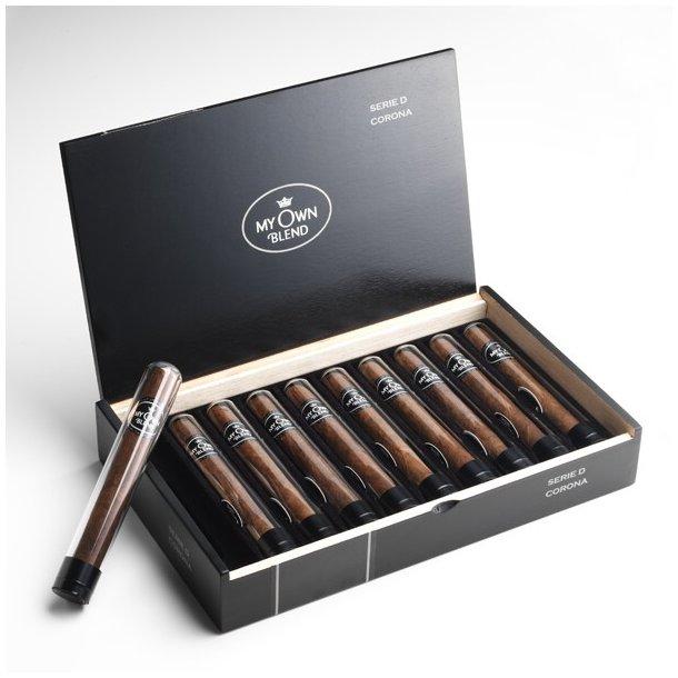 Serie D Corona My Own Blend Cigar